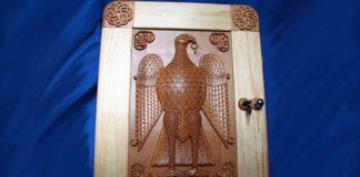 Настенный шкаф для украшений «Византия»