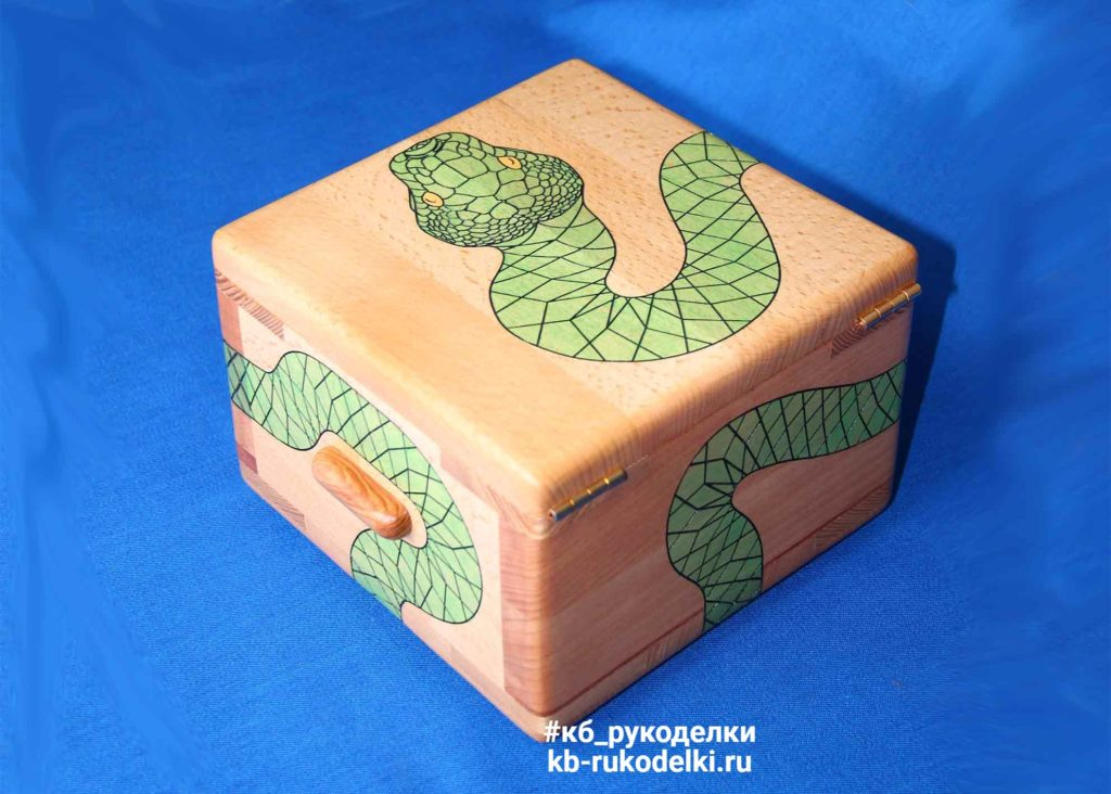 КБ Рукоделки: резьба по дереву, изделия из дерева на заказ Деревянная шкатулка «Под охраной»