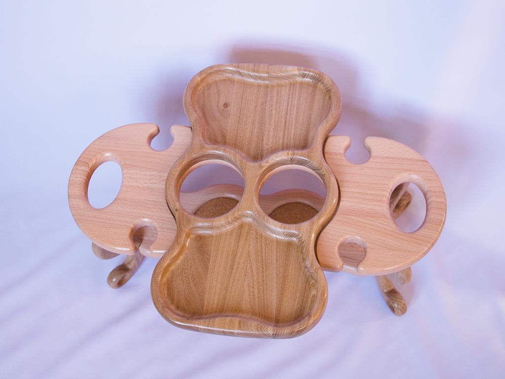 КБ Рукоделки: подарки и изделия из дерева на заказ Винный столик на четыре бокала и две бутылки со съёмной тарелкой-подносом
